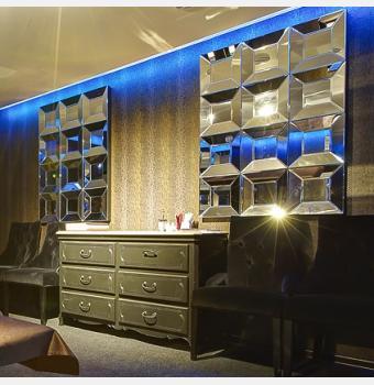 Декоративное зеркало Quadro (Квадро) 90*120 см